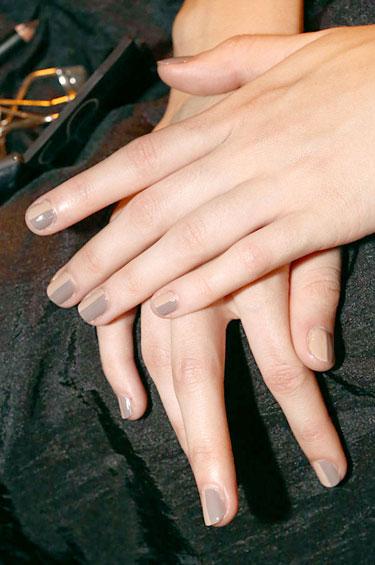 nails 44