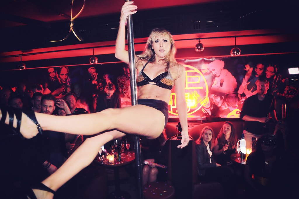 poledance act